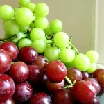 Green and Red Grapes